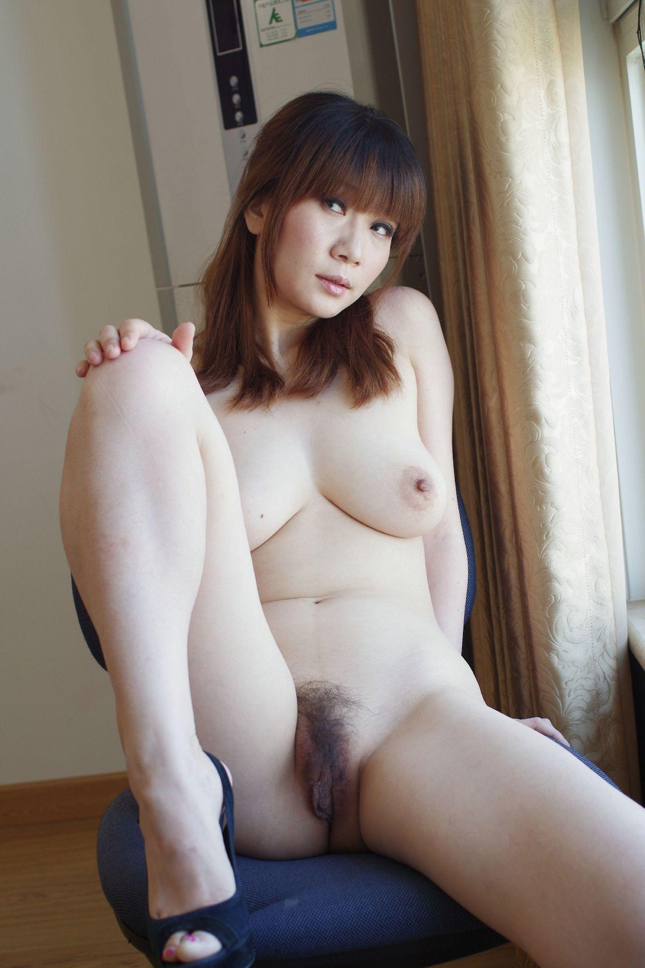 nu asiatiques sexe joufflu Latina lesbienne porno