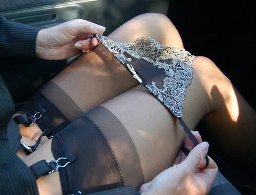 La femme mariée infidèle nue et coquine