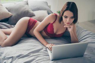 Comment devenir une camgirl: conseils et choix de la plateforme